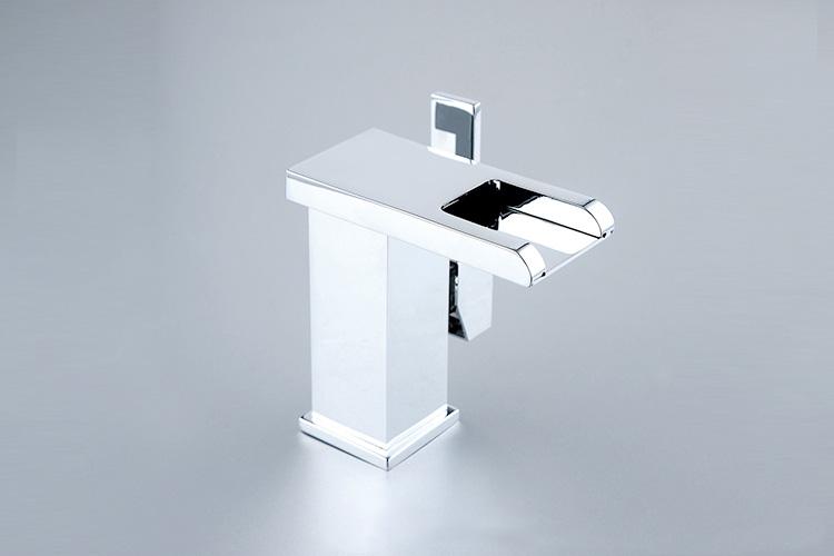 led wasserhahn chrom offener auslauf sehr exclusiv waschtisch armatur bad k che ebay. Black Bedroom Furniture Sets. Home Design Ideas